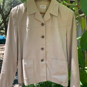 Button front casual collared jacket with pockets